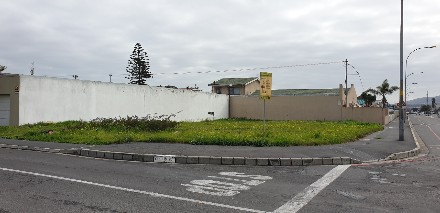 On Auction -  Plot On Auction in Goodwood