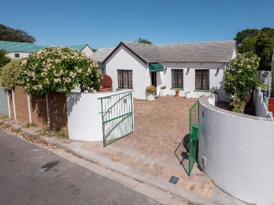 On Auction -  House On Auction in Plumstead
