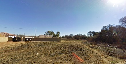 On Auction -  Land On Auction in Clayville