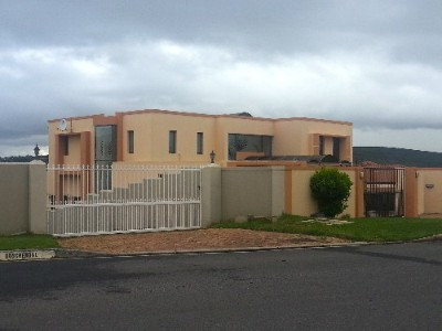 On Auction -  Property On Auction in Durbanville
