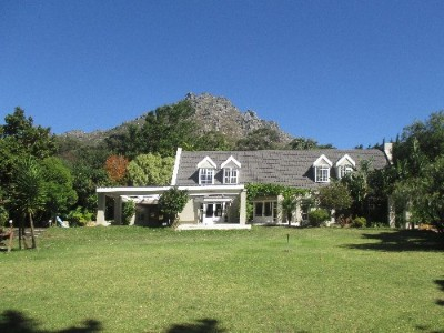 On Auction -  Property On Auction in Hout Bay, Cape Town, Atlantic Seaboard