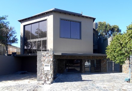 On Auction -  Property On Auction in Table View