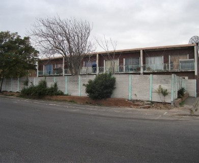 On Auction -  Flat On Auction in Bellville