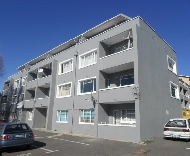 On Auction -  Flat On Auction in Salt River