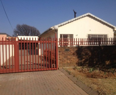 On Auction -  Property On Auction in Northmead