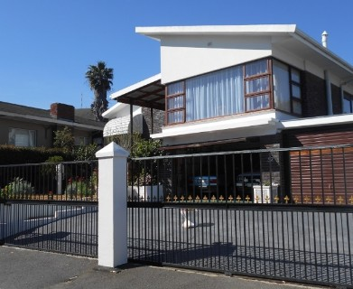 On Auction -  House On Auction in Parow