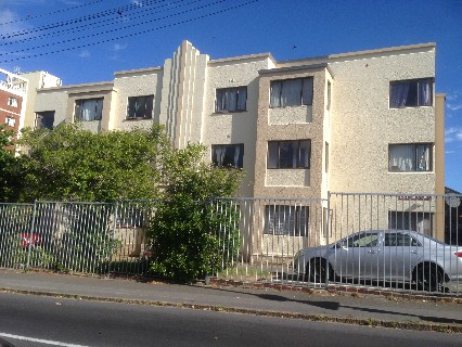 On Auction -  Apartment On Auction in Mowbray