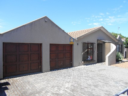 On Auction -  Home On Auction in Kraaifontein