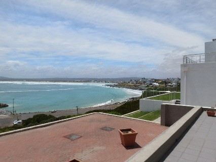 On Auction -  House On Auction in Yzerfontein
