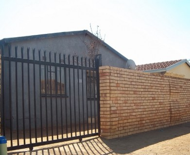 On Auction -  Home On Auction in Germiston