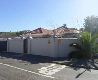 On Auction -  Commercial Property On Auction in Parow North