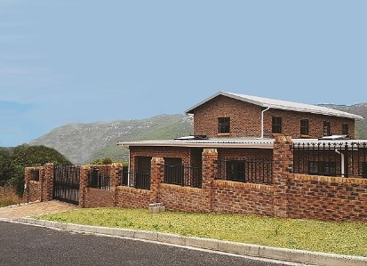 On Auction -  Home On Auction in Glencairn Heights
