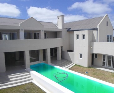 On Auction -  Guest House On Auction in Langebaan