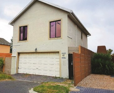 On Auction -  House On Auction in Parklands