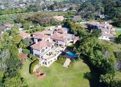 On Auction -  Home On Auction in Constantia