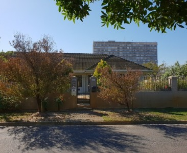 On Auction -  Home On Auction in Milnerton