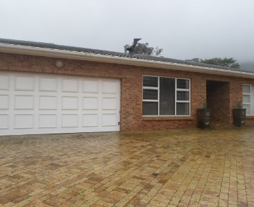 On Auction -  Property On Auction in Plattekloof