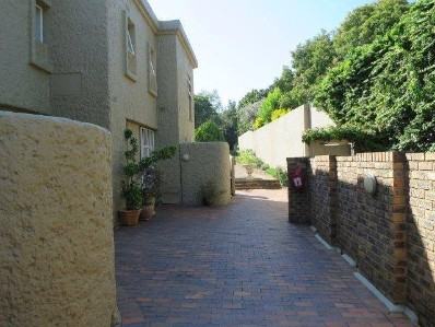 On Auction - 3 Bed Property On Auction in Woodmead