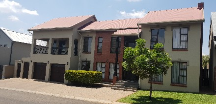 On Auction - 4 Bed Home On Auction in Heritage Hill