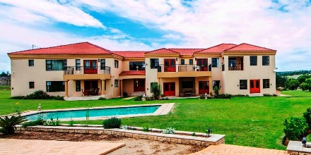 On Auction - 8 Bed House On Auction in Fourways