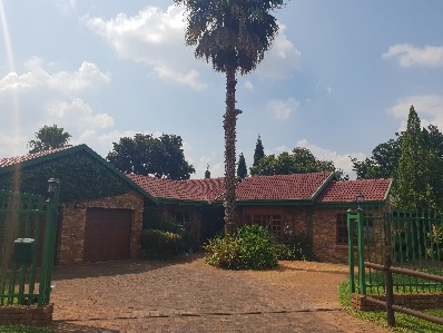 On Auction - 3 Bed House On Auction in Zwartkop