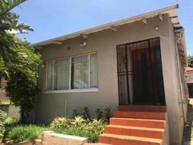 On Auction - 4 Bed House On Auction in Orange Grove