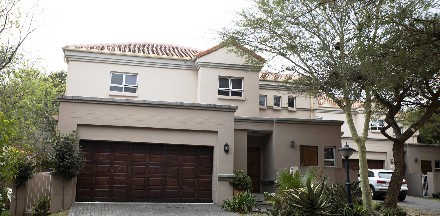 On Auction - 3 Bed House On Auction in Eagle Canyon Golf Estate