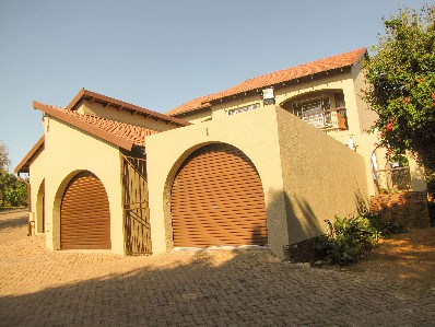On Auction - 3 Bed House On Auction in Quellerina