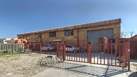 On Auction -  Commercial Property On Auction in Knights