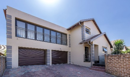On Auction - 2 Bed Property On Auction in Edenglen