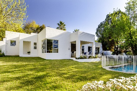 On Auction - 4 Bed House On Auction in Bryanston