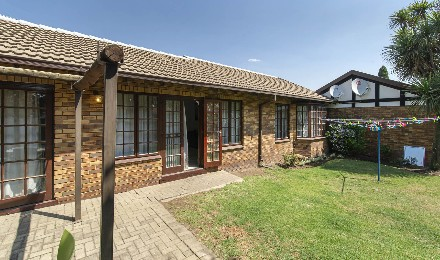 On Auction - 2 Bed Property On Auction in Benoni