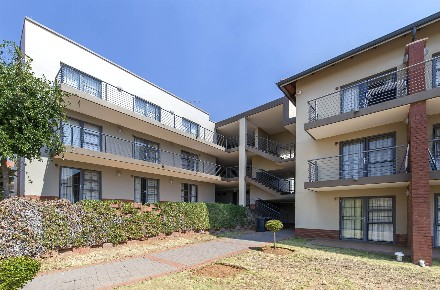 On Auction - 1 Bed Property On Auction in Willowbrook