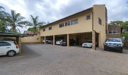 R 5,475,000 - 18 Bed Commercial Property For Sale in Dowerglen