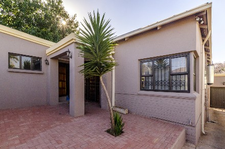 R 1,325,000 - 3 Bed Home For Sale in Kensington