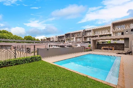 R 3,600,000 - 3 Bed Apartment For Sale in Oaklands