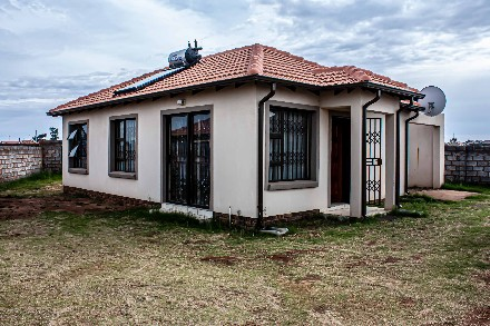 On Auction - 2 Bed Property On Auction in Springs