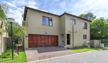 R 1,800,000 - 3 Bed Home For Sale in Fourways
