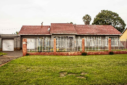 On Auction - 4 Bed Property On Auction in Boksburg