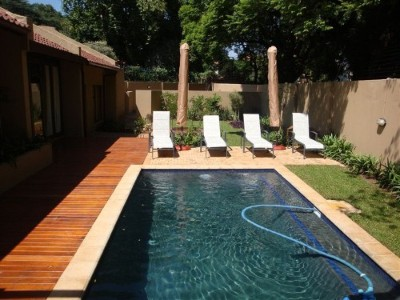 R 6,000,000 - 8 Bed Property For Sale in Houghton Estate