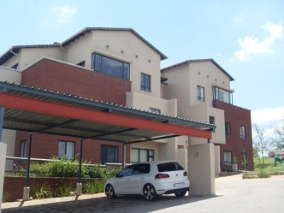 R 1,170,000 -  Commercial Property For Sale in Roodepoort