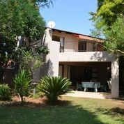 On Auction - 3 Bedroom, 4 Bathroom  Property On Auction in Eagles Landing, Hartbeespoort