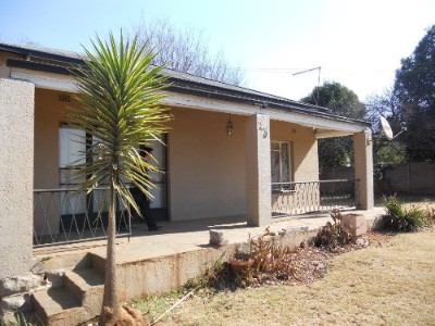 On Auction - 3 Bedroom, 1 Bathroom  Property On Auction in Primrose