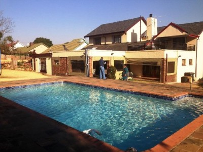 On Auction - 4 Bedroom, 2 Bathroom  Property On Auction in Johannesburg