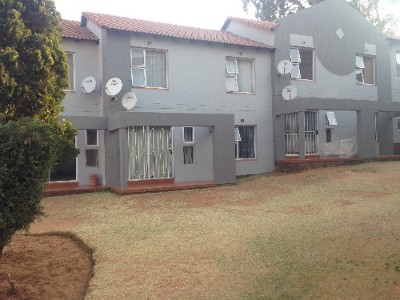 On Auction - 2 Bedroom, 1 Bathroom  Property On Auction in Meredale