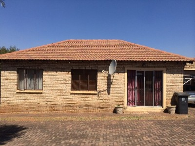 On Auction -  Property On Auction in Witpoortjie