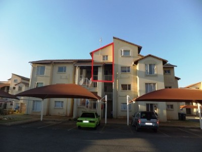 On Auction - 1 Bedroom, 1 Bathroom  Apartment On Auction in Kleinfontein Lake, Benoni