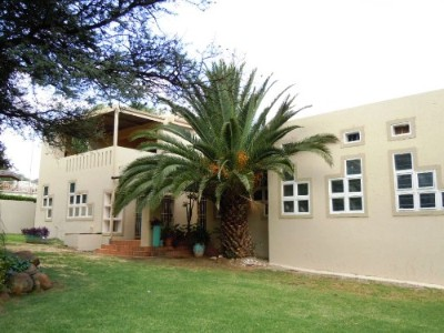 On Auction - 3 Bedroom, 2 Bathroom  Property On Auction in Bassonia