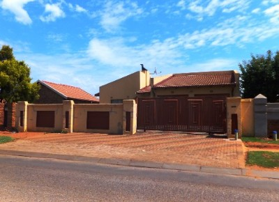 On Auction -  Property On Auction in Vosloorus