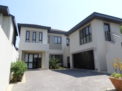 R 6,500,000 - 3 Bedroom Property For Sale in Birdhaven